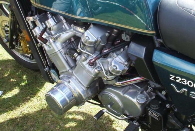 Kawasaki Z2300 12 V 34zelo8