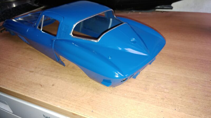 Revell 1/8 65 corvette stingray  357lq29