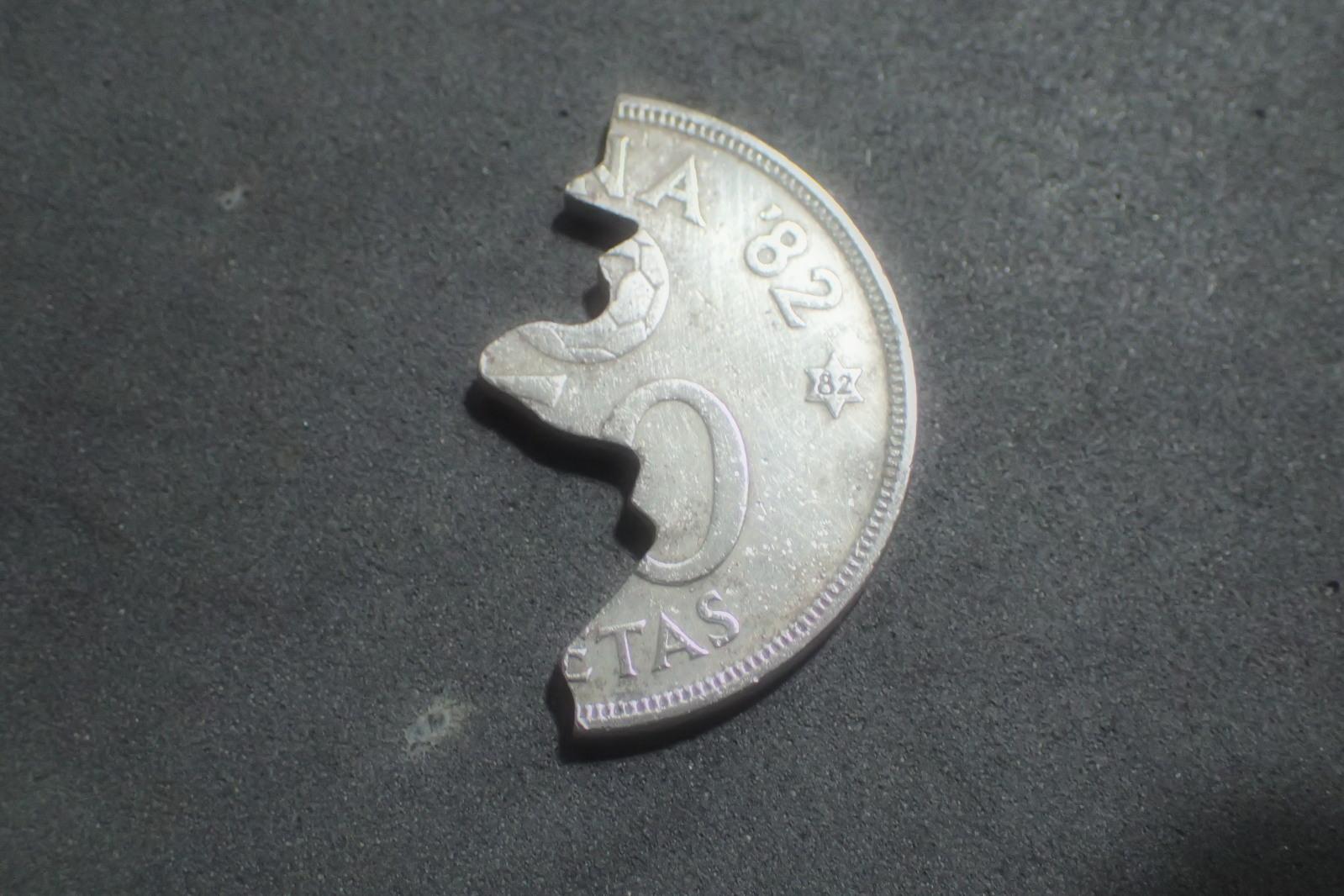 Y este corte de moneda? 5agsib