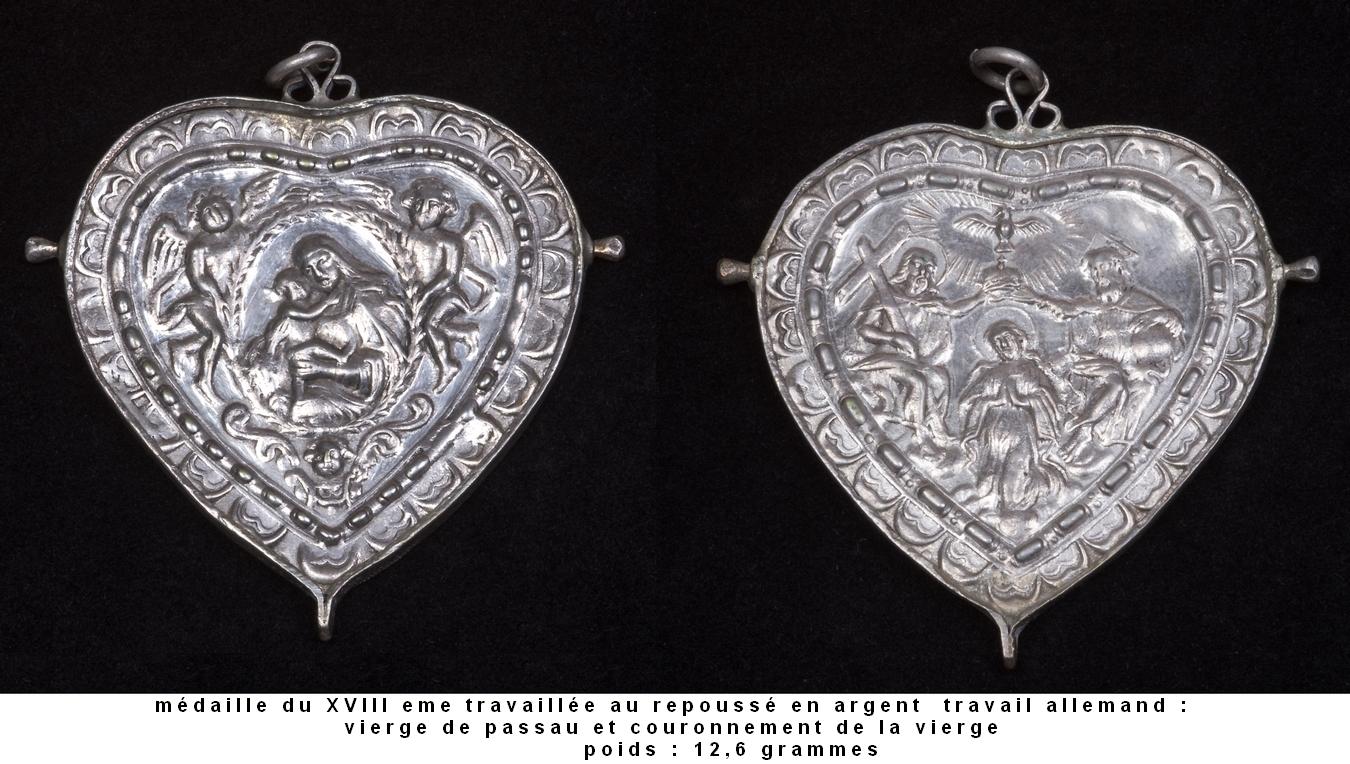 medalla cordiforme virgen de Passau ( alemania) / Coronación (R.M. SXVIII-Ot16)(MAM) 5ze9ua