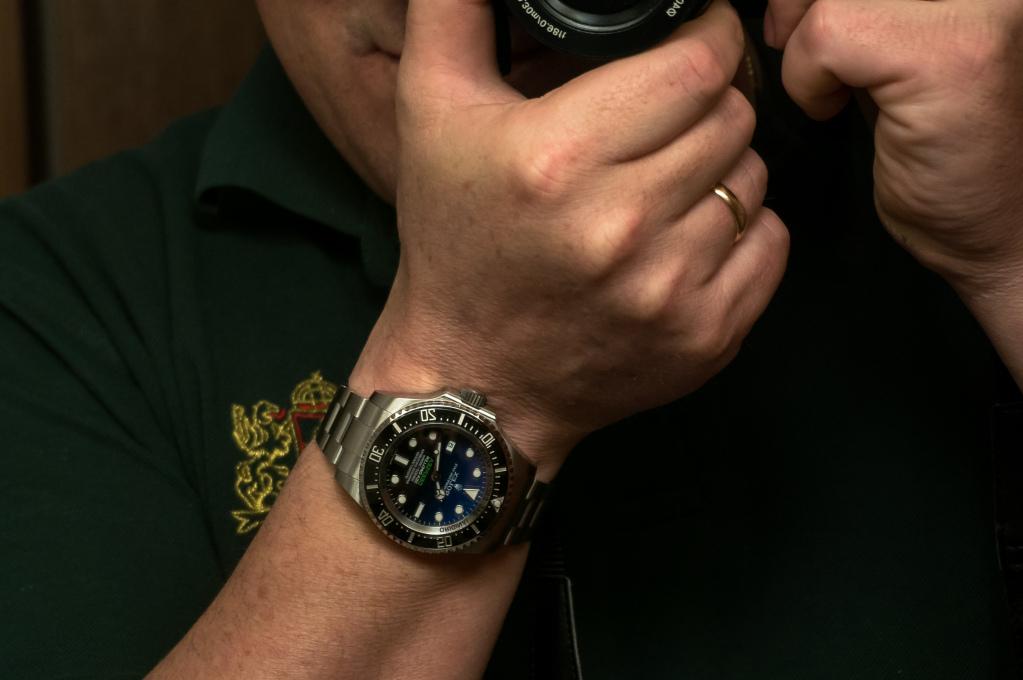 Présentation de la Rolex 116660 SDDS D-Blue James Cameron 8wa1zk