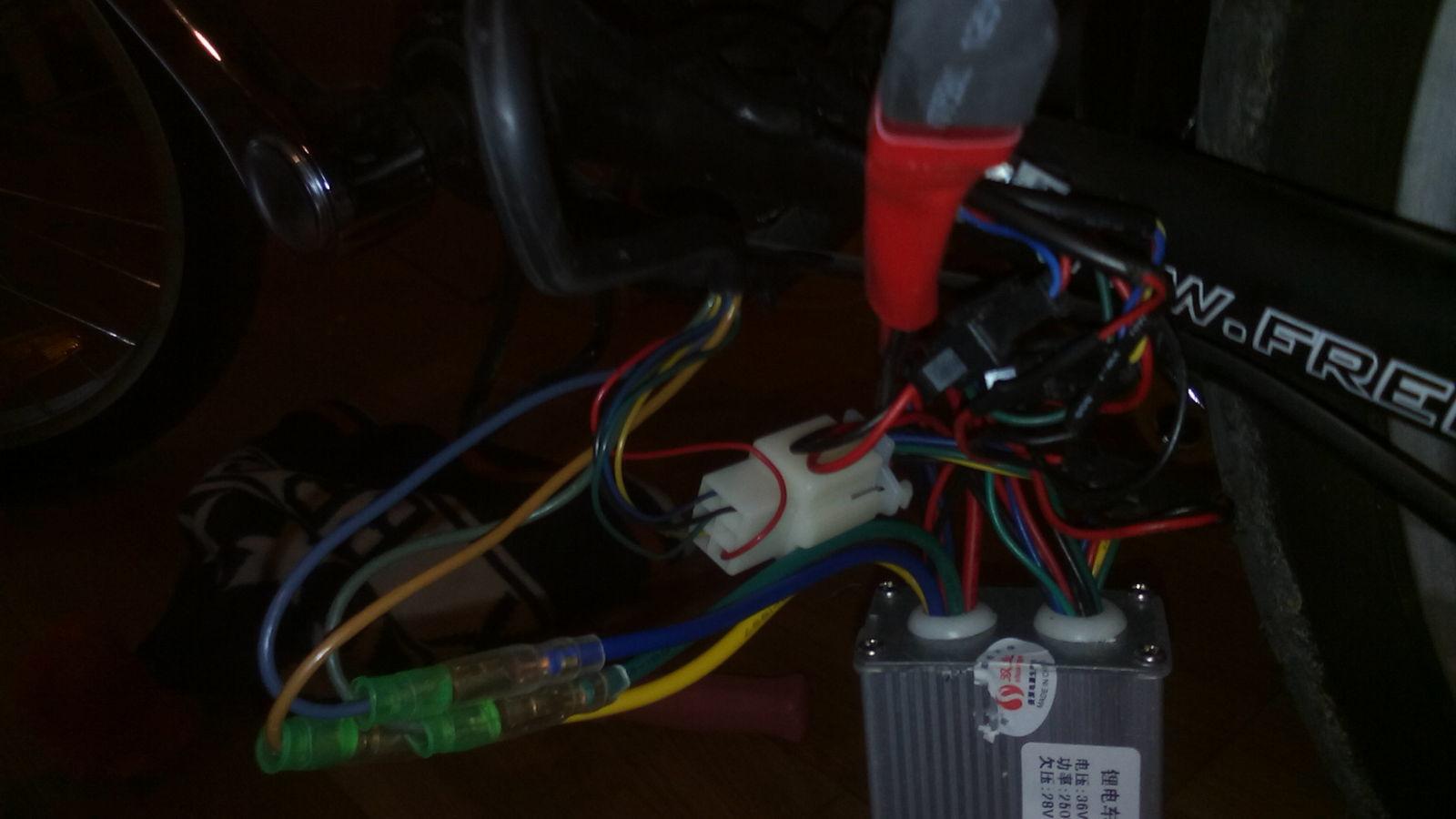 ¿Dónde podría instalar un acelerador? Ay38sm
