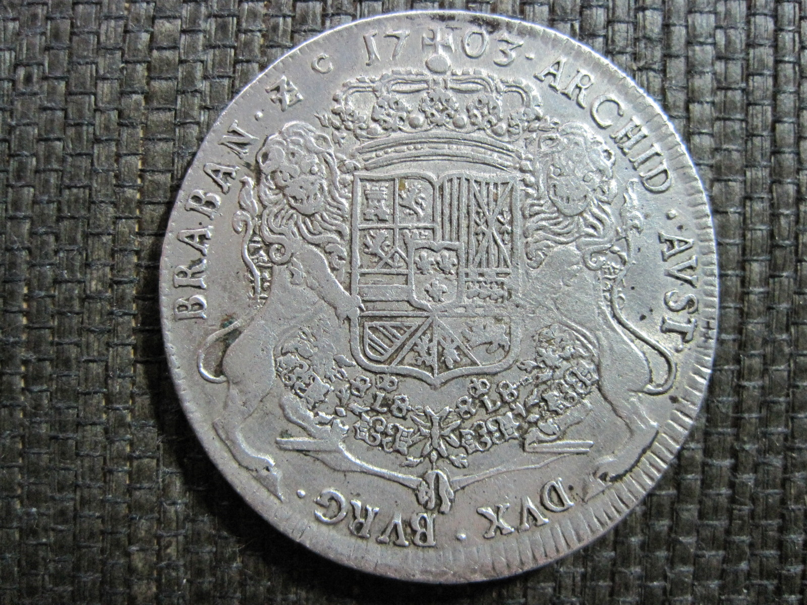 1703 Ducatón Felipe V Dwaq9g