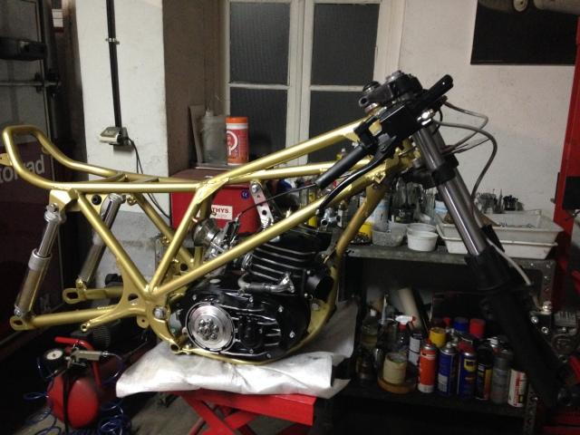 "Bultaco Streaker 350 ""Agua"" - Página 3 Flhr2v"