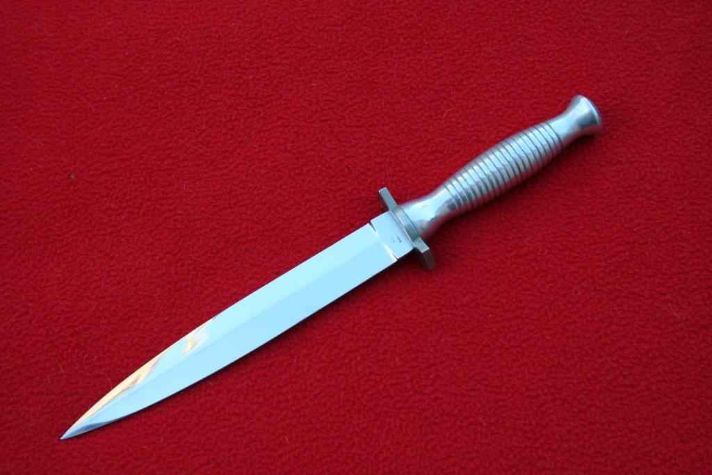 collection de lames de fabnatcyr (dague poignard couteau) - Page 4 Nn9xk4