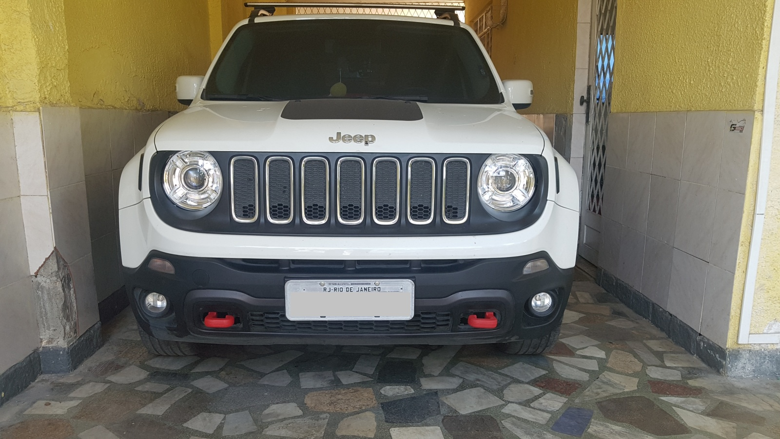 Ganchos do trailhawk no longitude 4x4 Ojqmuu