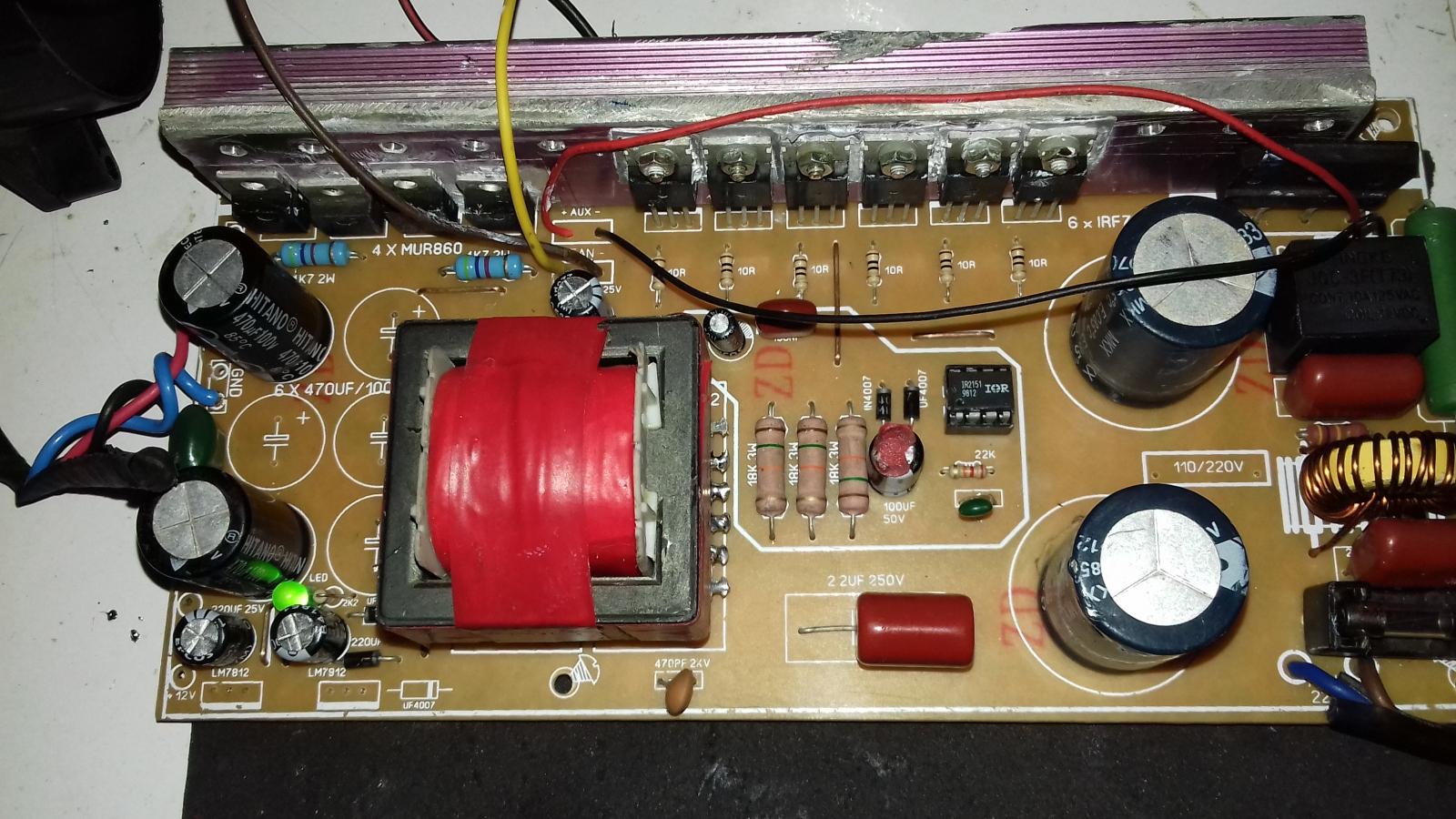 FONTE FUNCIONANDO 110 OU 220V COM 2 MODELOS IR2151 2153 Rkne5s