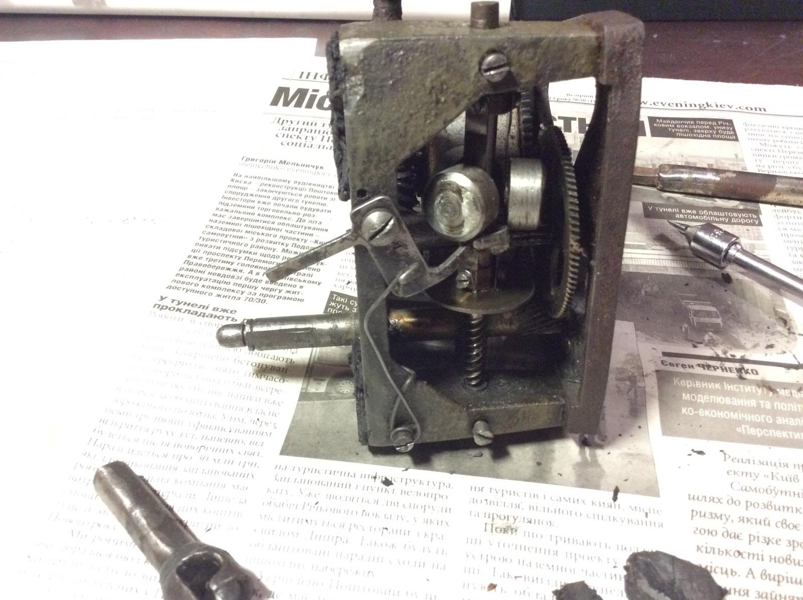 """""""Изучил, подытожил, напечатал""""-краткая справка патефонно-грамофонного производства 1917г.-1940г. T69j6p"""