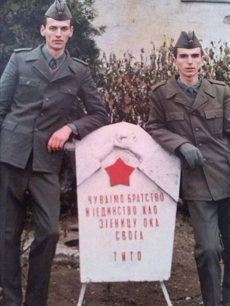 Zemun, kasarna 'Jakub Kuburović' PVO VP 3046/13  - Page 4 V8knmb
