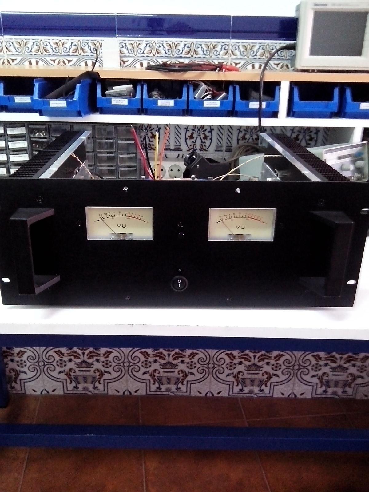 Amplificador Transistorizado X68oo