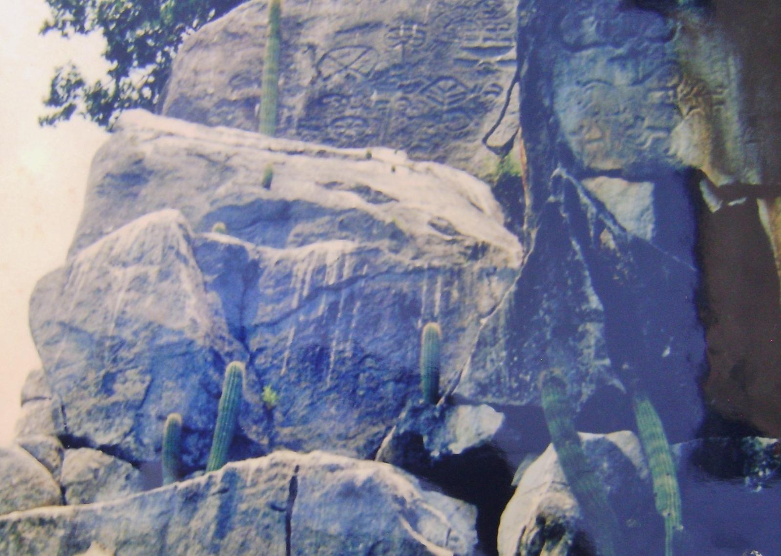 Un cerrito de Petróglifos Verdadero tesoro en Piedras 15ojj7s