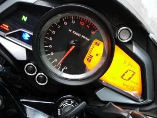 probable fallo en medidor de combustible de NS 200 16b0a2q
