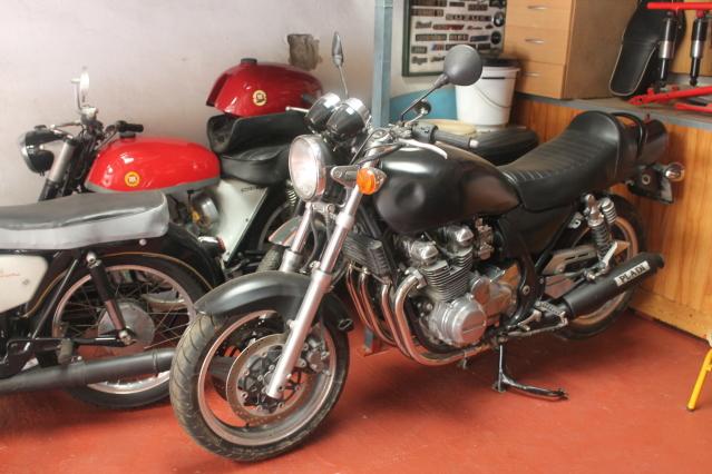 Honda CB750 o Kawa Zephyr 750 ¿Qué opinas?  1g5w