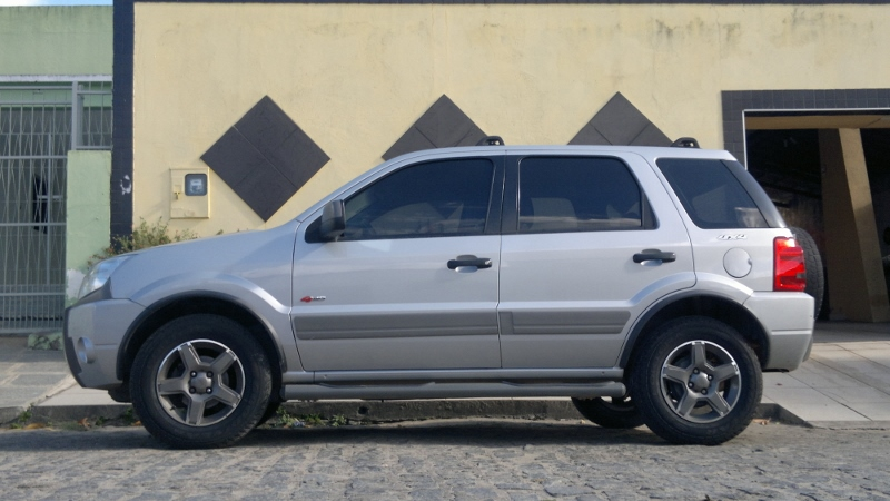 Trocar pneus 205/65 R15 por 205/70 R15 208bhxl