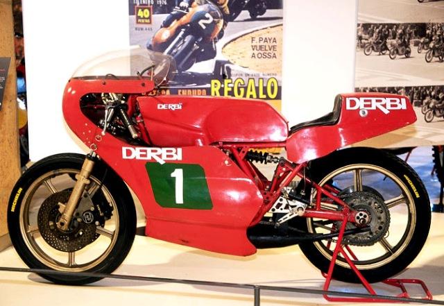 Réplica Derbi 250 GP Bicilindrica Nieto-Grau 20z4rd2