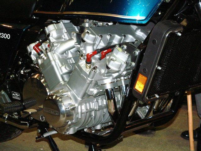 Kawasaki Z2300 12 V 25fofud