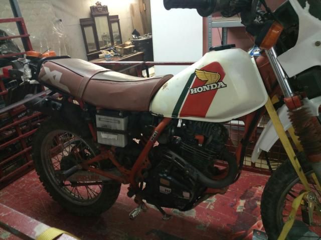 Mi Nueva Honda XL 200R 25rjl2b