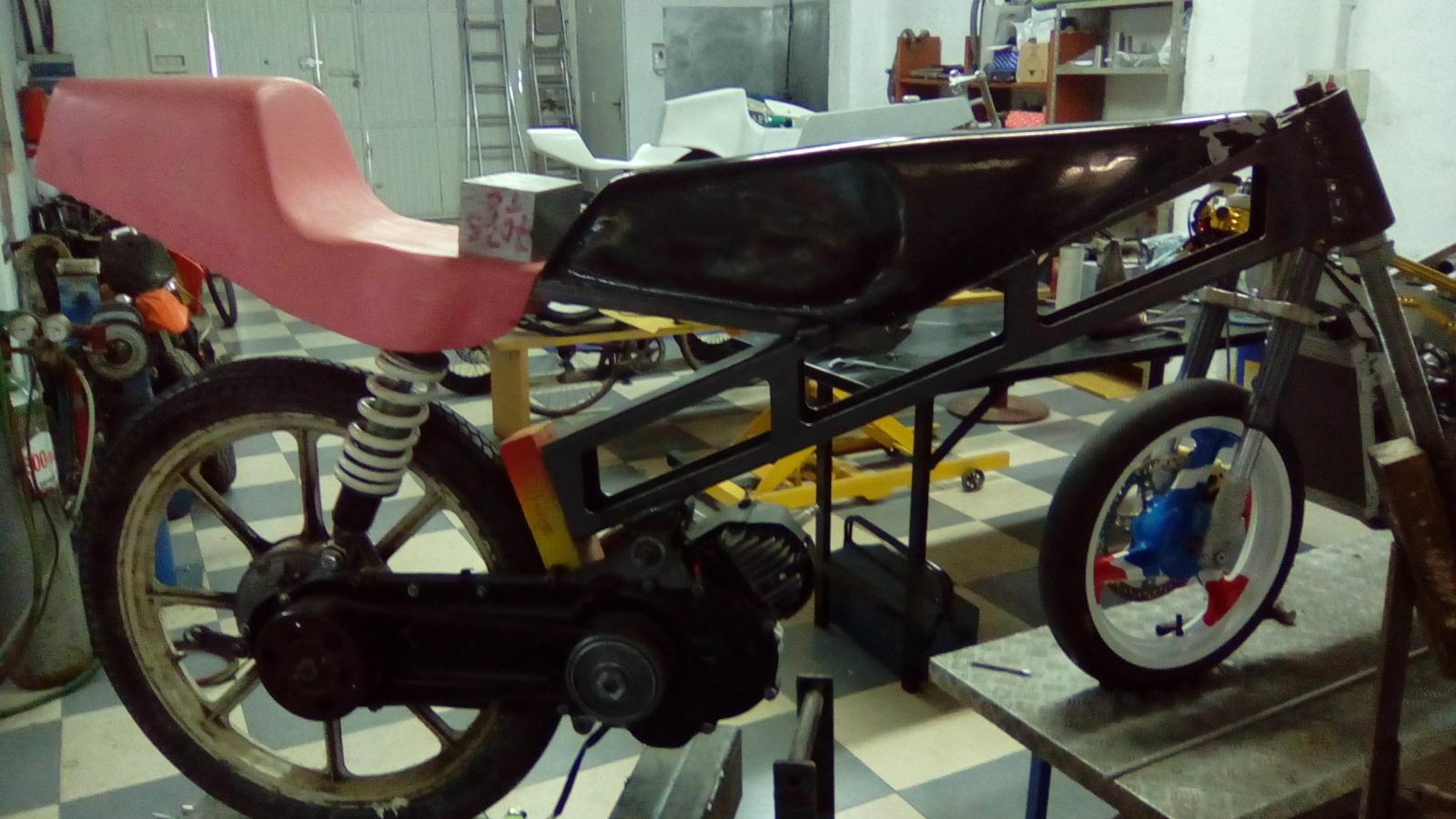 Proyecto Vespino de 65 cc. de Velocidad. - Página 4 2m7urgn