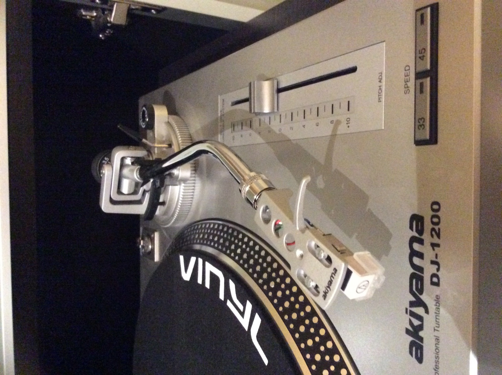Vendo Tocadiscos Akiyama DJ1200 2mnfwp2