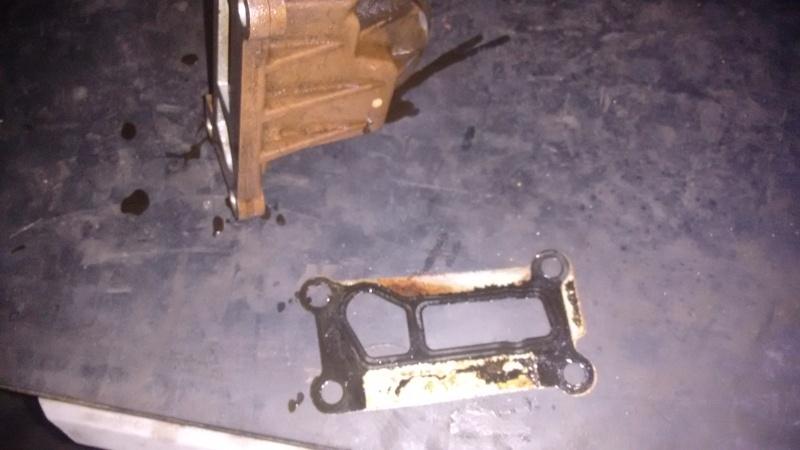 Vazamentro de óleo no adaptador (carcaça suporte) do Filtro de óleo 2prb915
