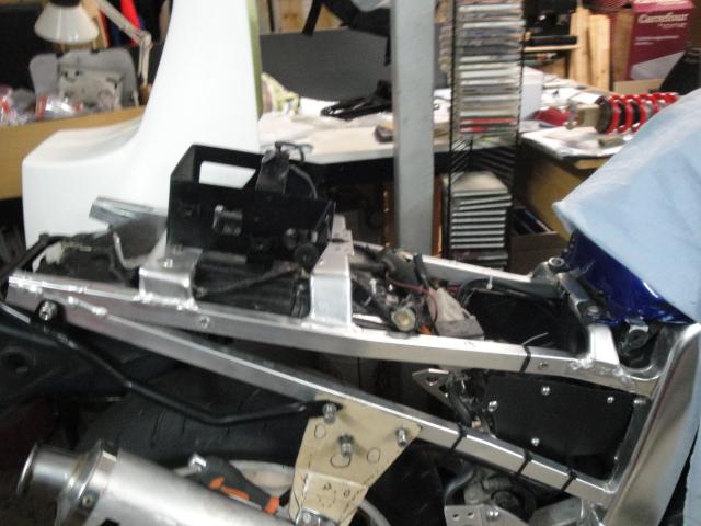 Resucitando Suzuki GSX-R 750 / 90 2rh9v81