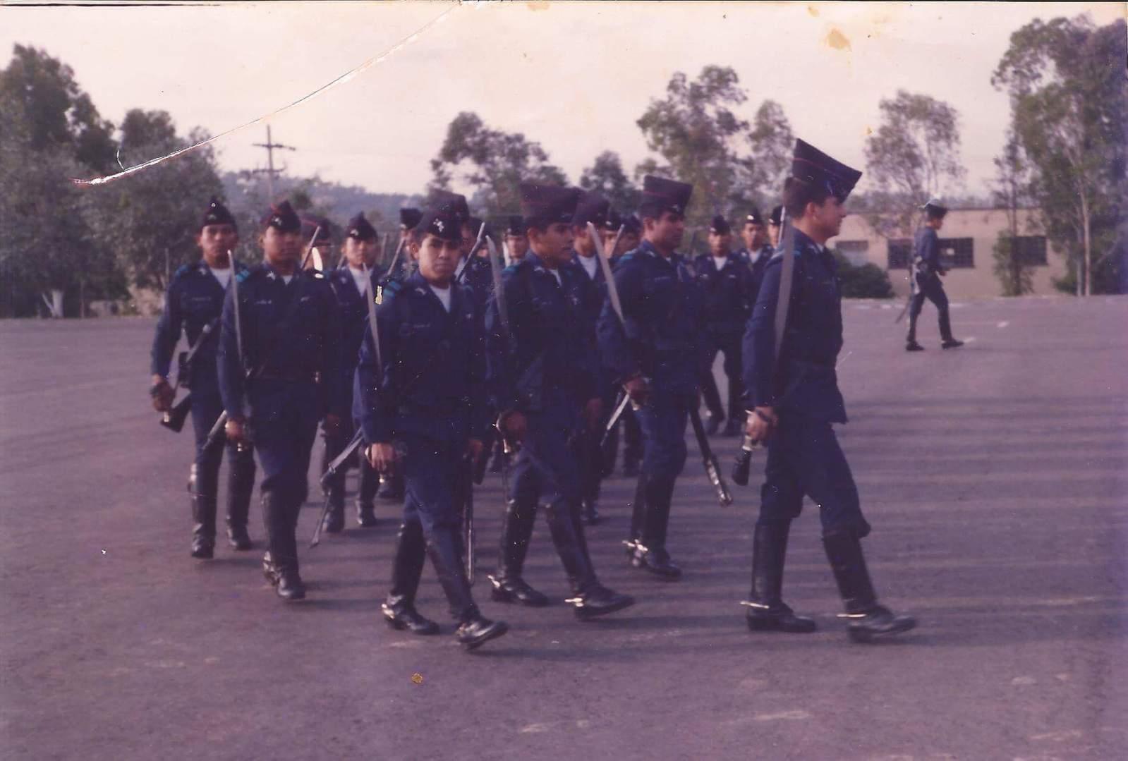 fotos vintage de las Fuerzas armadas mexicanas - Página 8 2vkkzyw