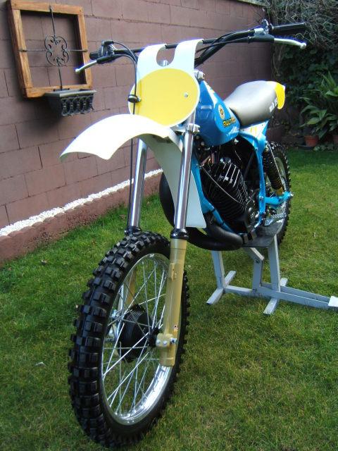 Pursang motor Yamaha 2yxg4d5