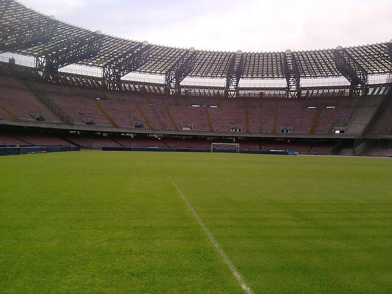 Estadio Napoli T18 513u53