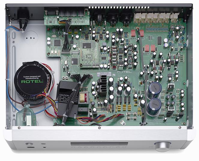 En una misma marca, misma gama..... amplificador integrado o previo+etapa ? Rotel C7rth