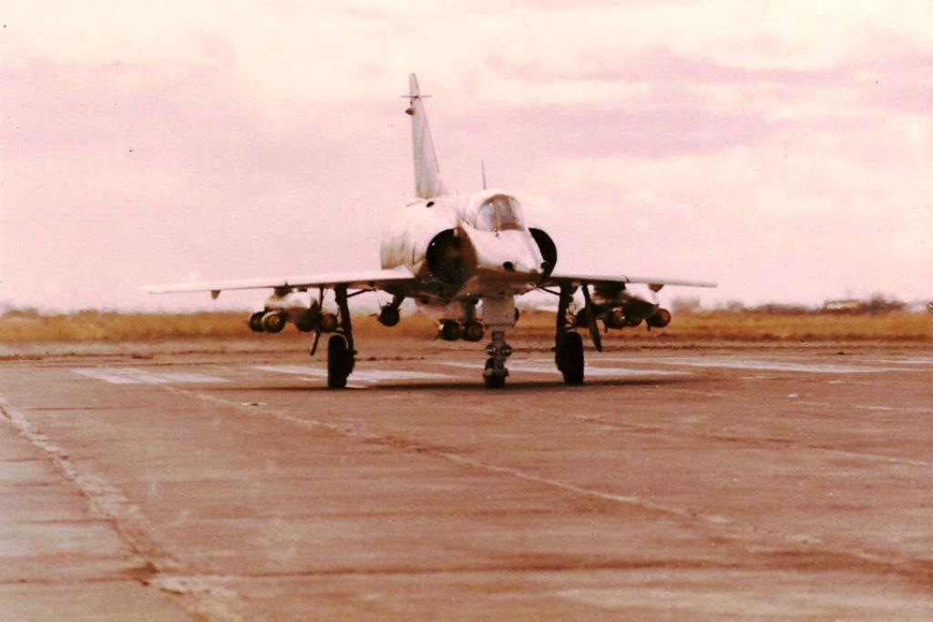 Fotos de la Fuerza Aérea Argentina - Página 3 Dlrwaw