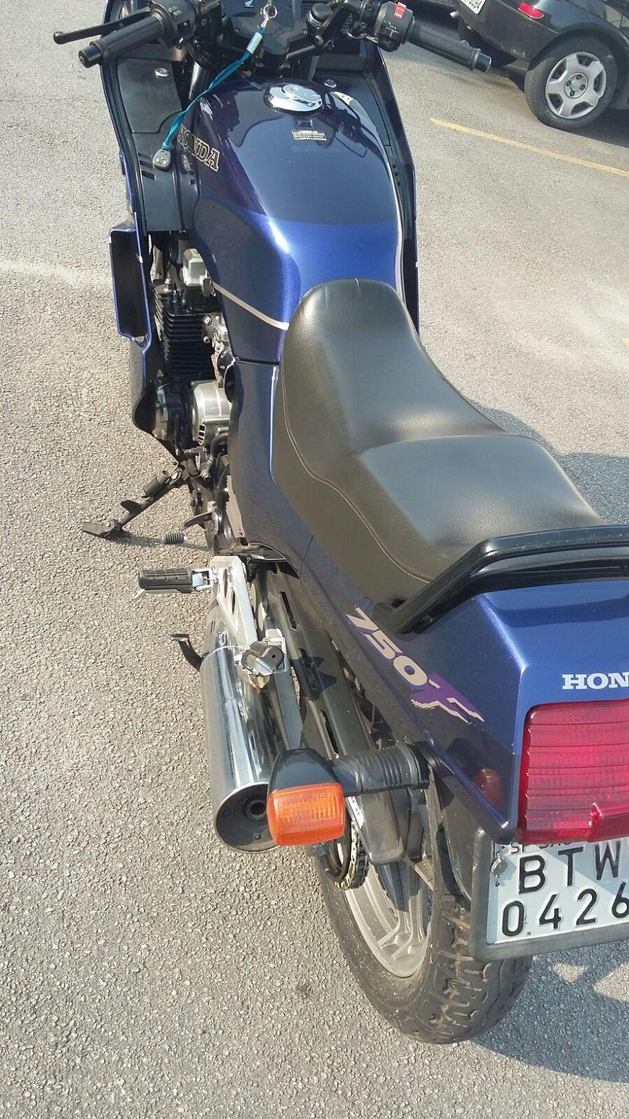 [VENDIDA] CBX 750 Indy 95 Único Dono Fac38k