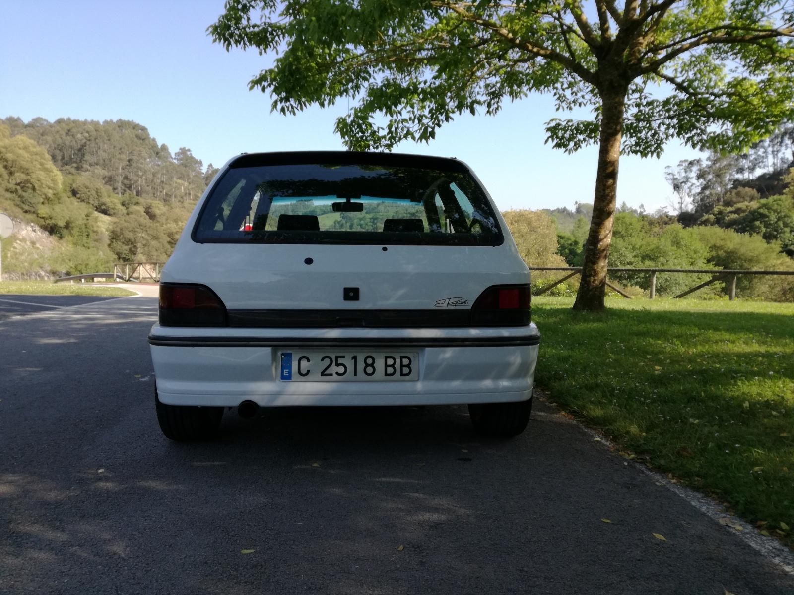 Presento el Renault Clio 16V Fxz047