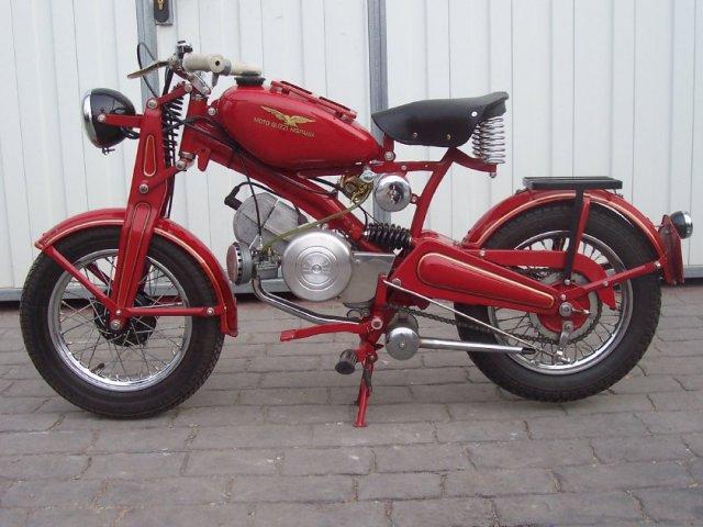 guzzi - La primera Guzzi 65 fabricada en España T71ylu