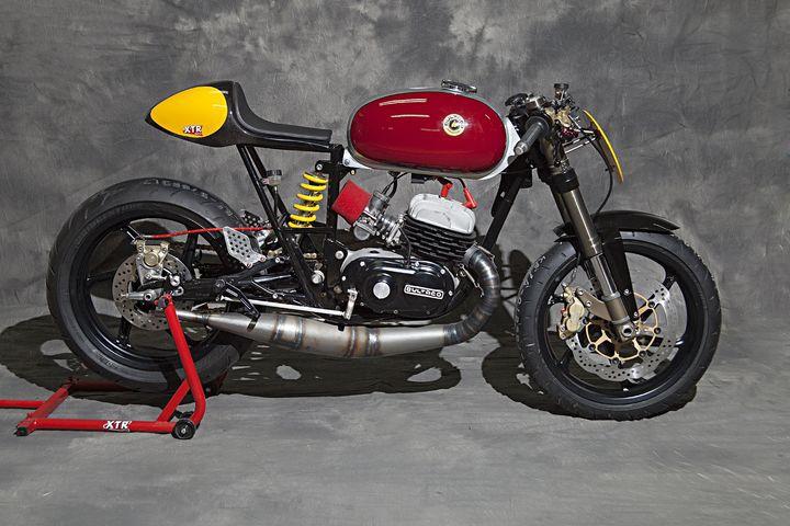 Bonita la Bultaco  T8902d