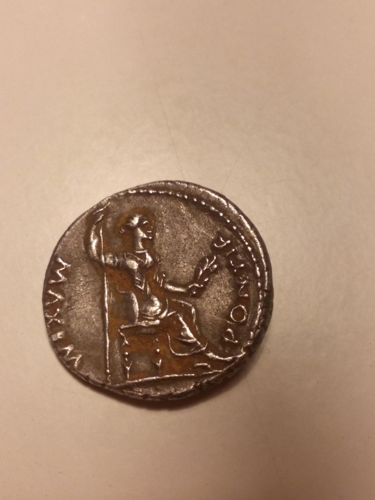 Denario de Tiberio. PONTIF MAXIM. Lyon 1550y2h