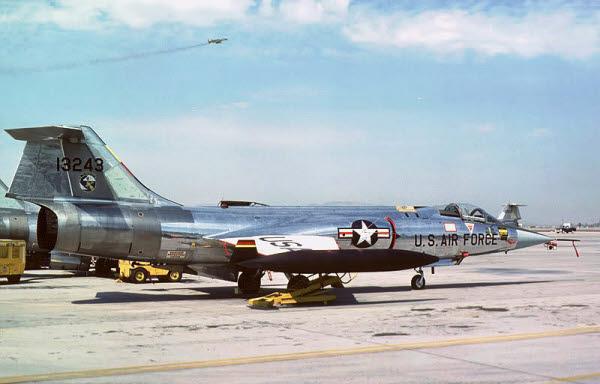 F-104G Starfighter  HAF οπως μας παραδωθηκαν 15chdzd