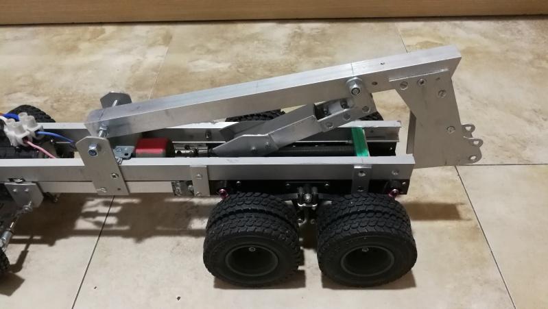 Mercedes Actros 4151 sGeBAF / Bison 8x8 15gyupz