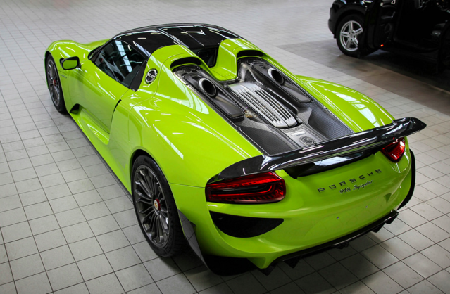PORSCHE 918 Spyder acid Green 15wm55e