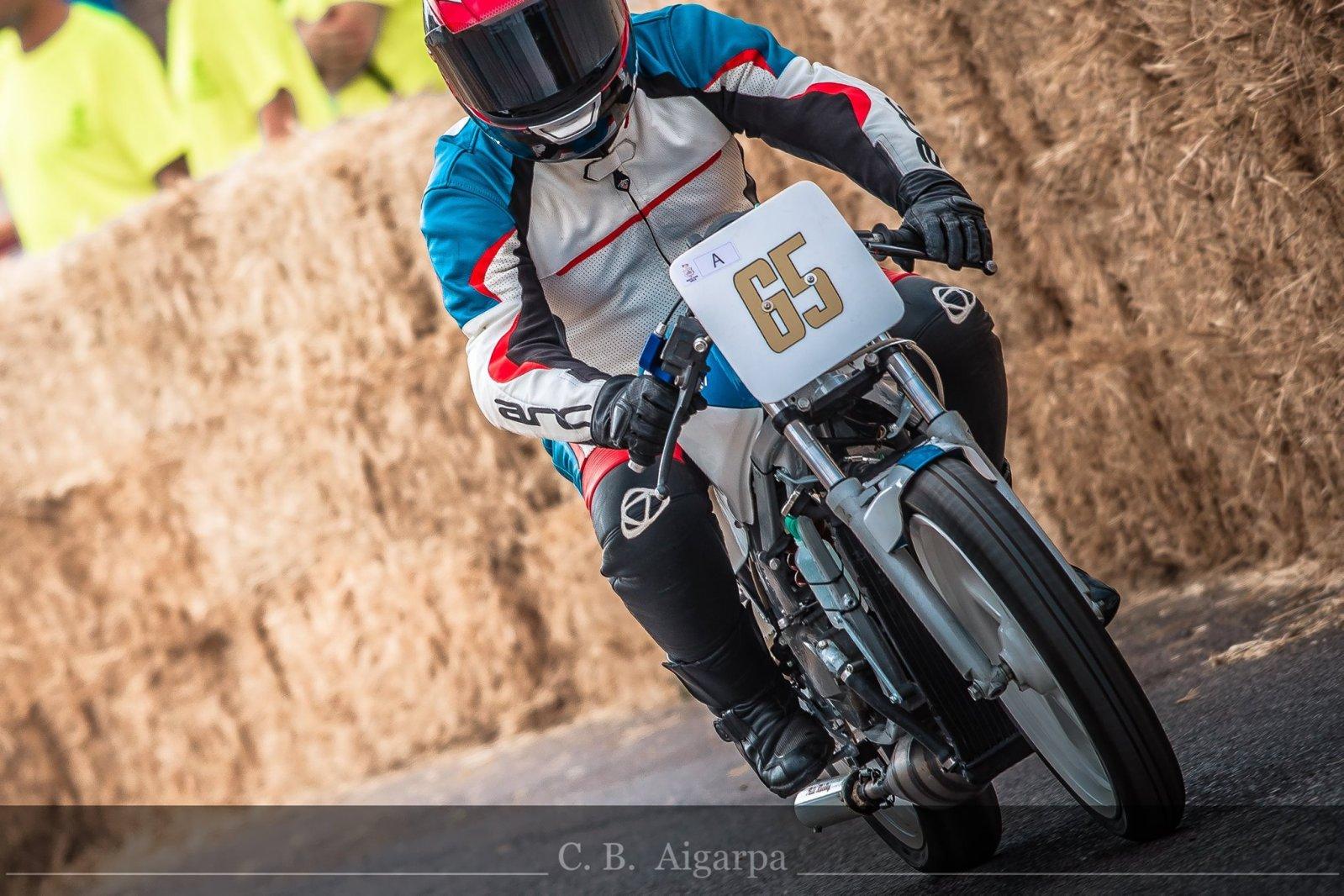 Proyecto Suzuki RG 125 de competición 1s1raq