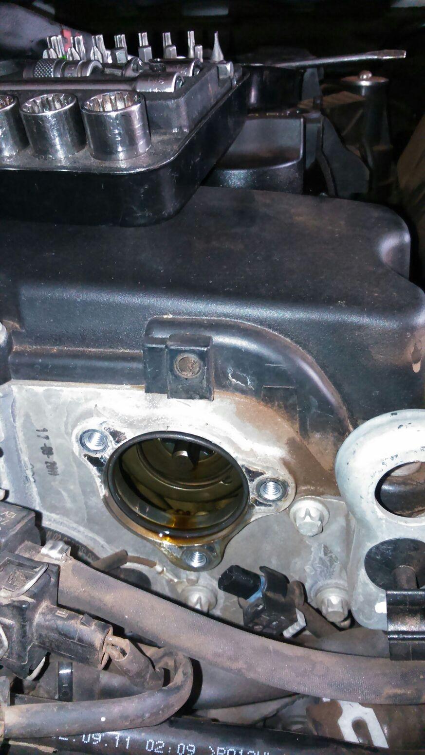 Problemas com as engrenagens do eixo comando - motor rajando na partida (M271 Evo) - Página 2 28tdqpk
