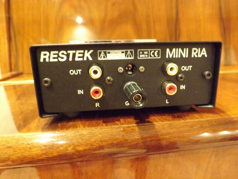 Fuente de alimentación RESTEK MINI RIA 2nu0s35