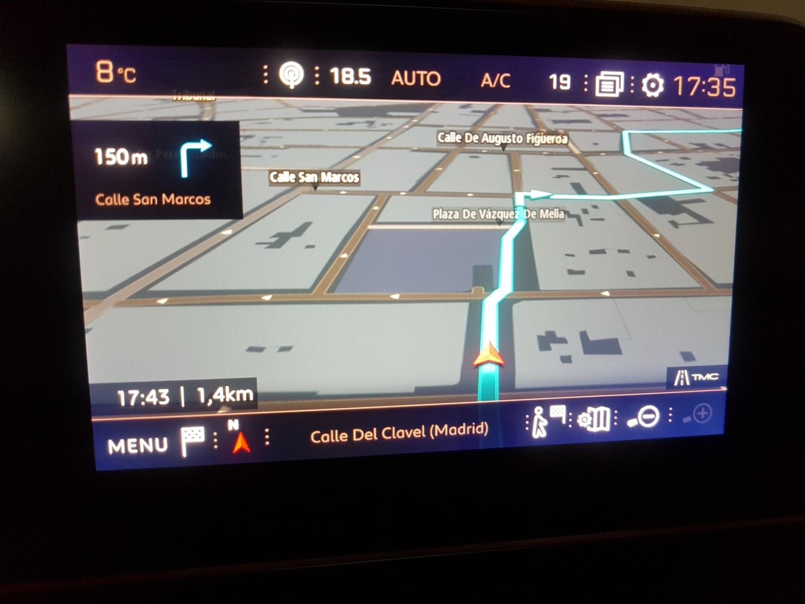 Navegador 3D TomTom  2q014m0