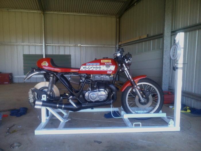 Bultaco build Australia + Records Mundiales Guinness de la velocidad 2u8ia6w