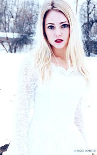 Annasophia Robb avatars 200x320 pixels 303kcxk