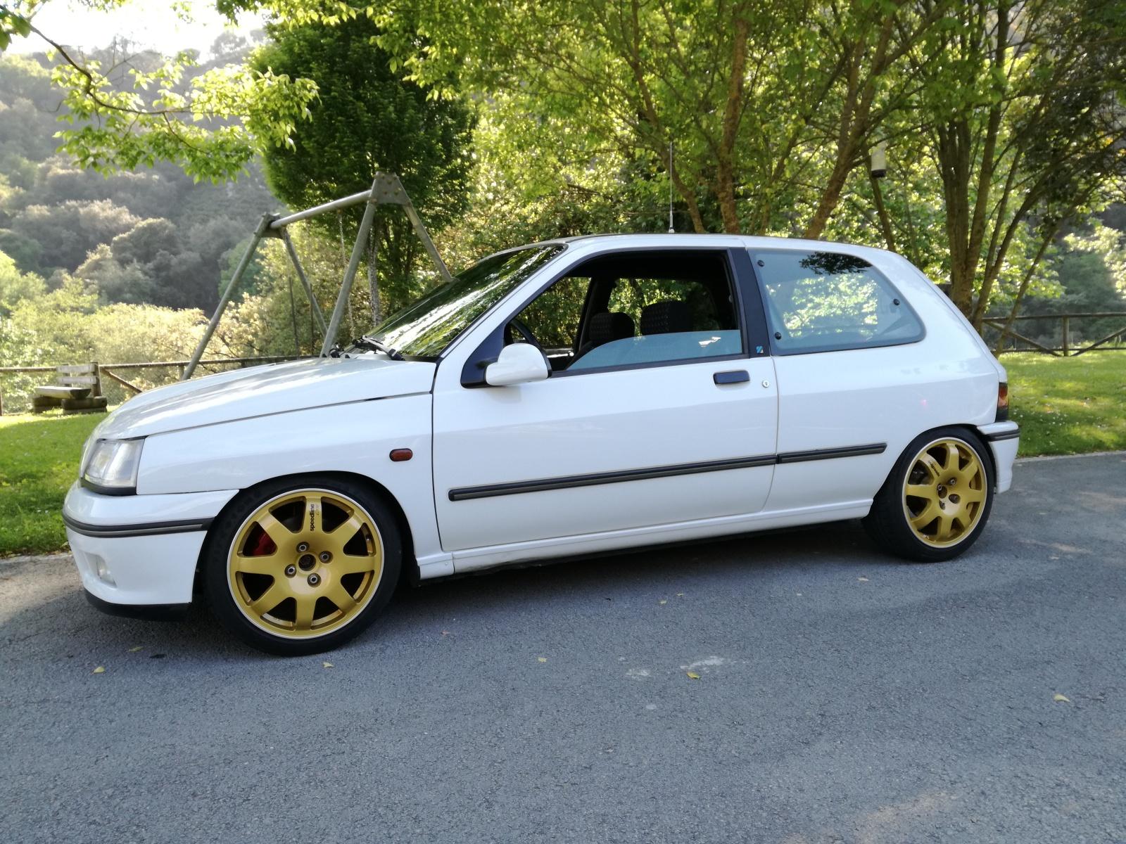 Presento el Renault Clio 16V 35cigz9