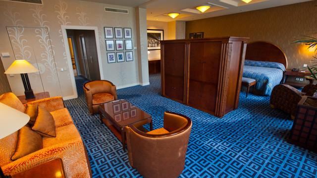 Disney's Hotel New York 4jqihf