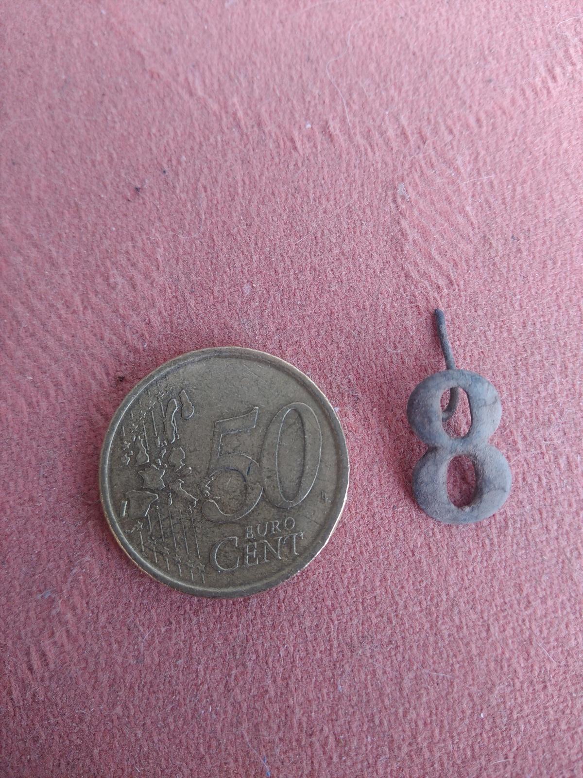 Insignia carlista ? 66gm7b