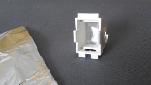 Melhoria na iluminação do porta-luvas A2cg1y