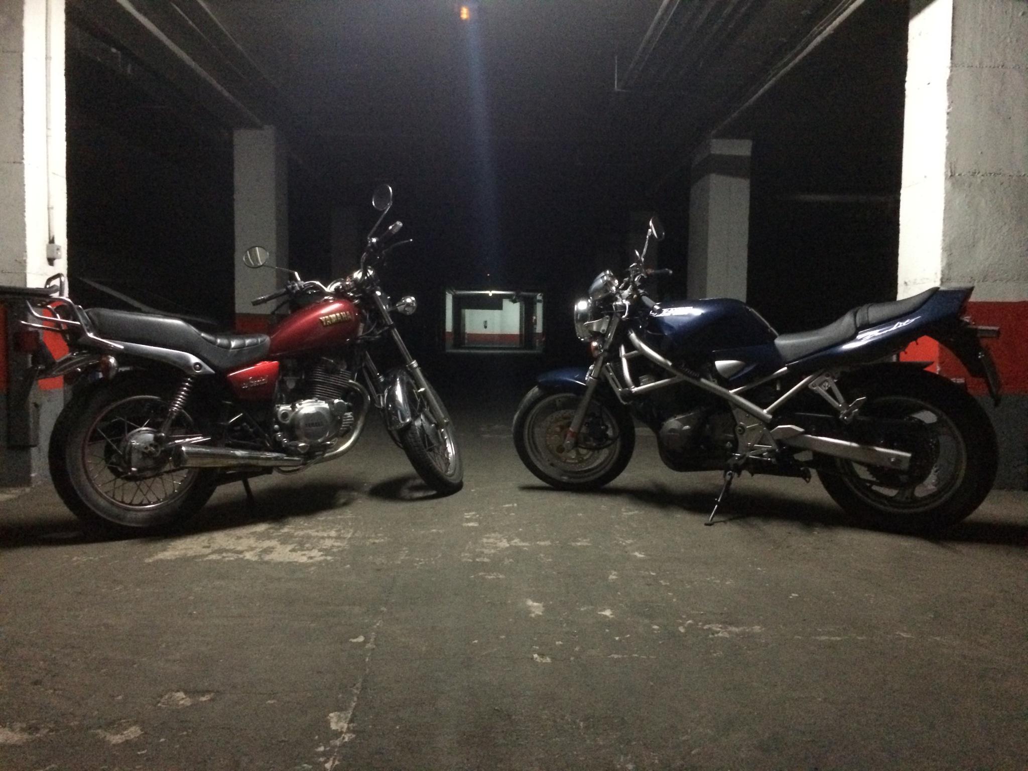 Familia numerosa , Yamaha XT 350 D6zo7