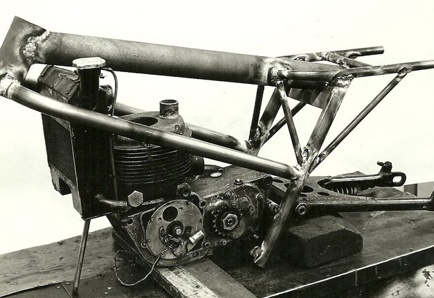 "Bultaco Streaker 350 ""Agua"" E86bnb"